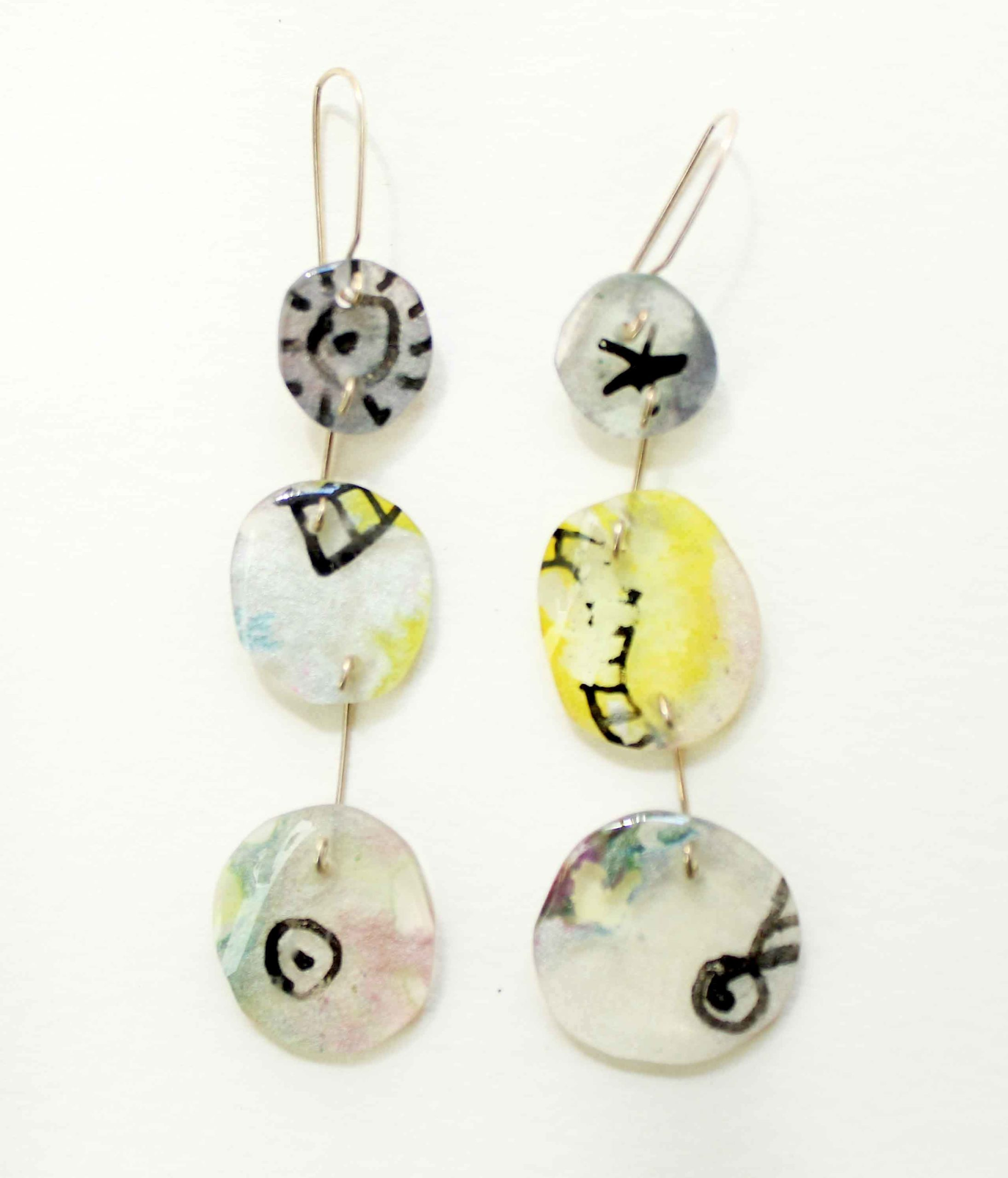 """Neely Goniodsky Pastel, 2019 Resin and sterling silver 3"""" long"""